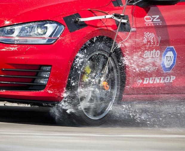 Photo of Reifentest: Unter drei Millimetern Sommerreifen runter