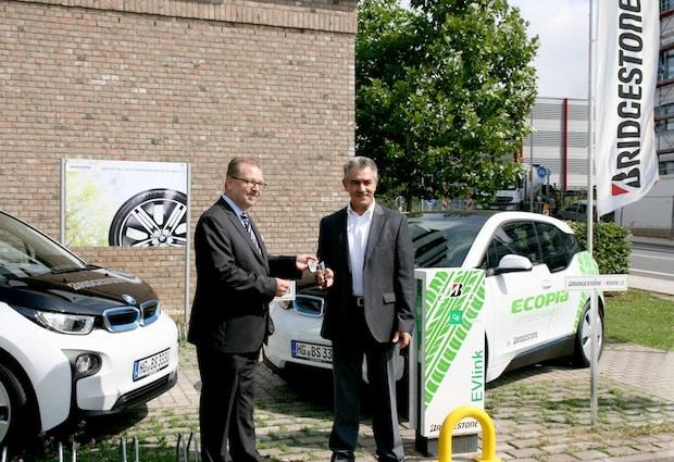 Photo of Bridgestone rüstet Fuhrpark mit Elektrofahrzeug BMW i3 auf