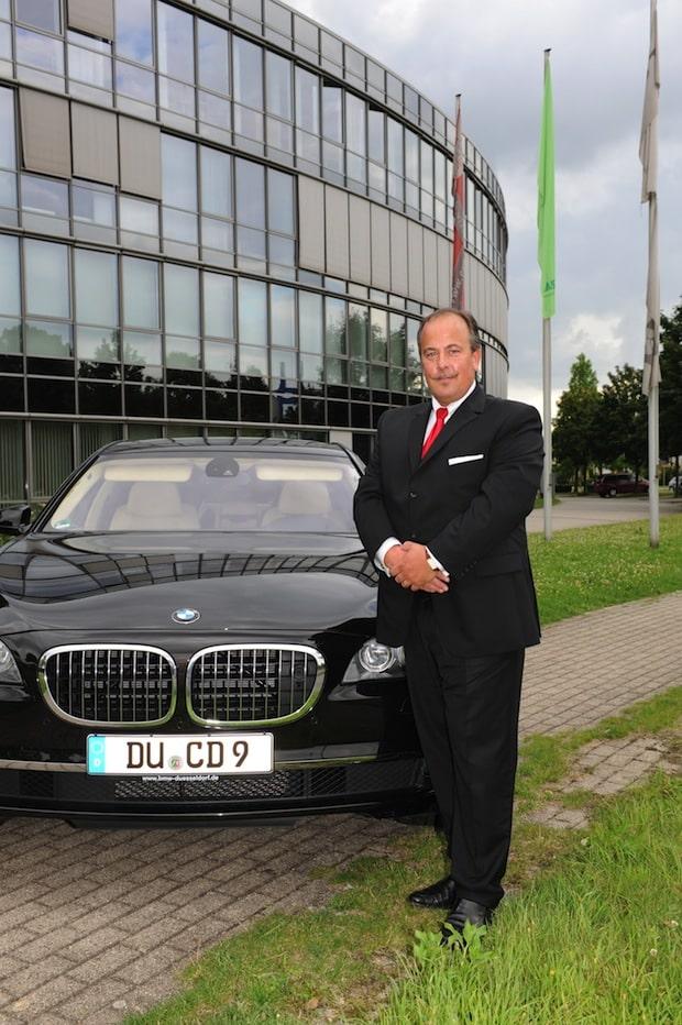 Photo of Mit Chauffeur immobilen Bürozum Geschäftstermin