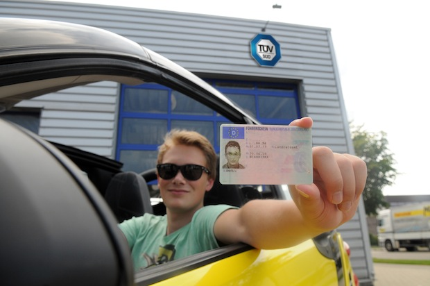 Photo of TÜV SÜD: Kostenloser Technikcheck für junge Fahrer