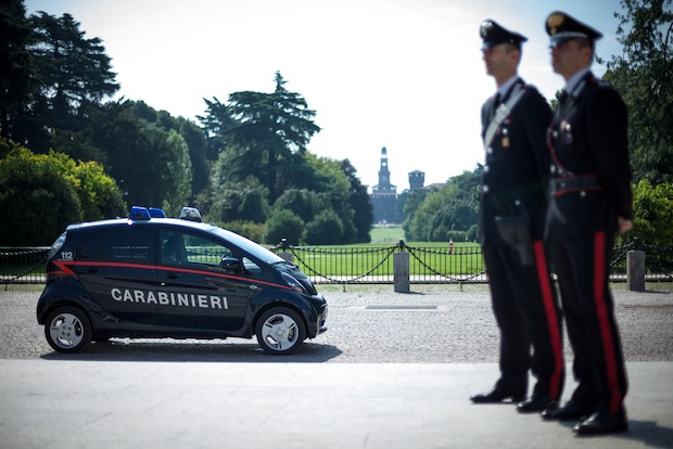 Photo of Carabinieri setzen Mitsubishi Electric Vehicle in umweltsensiblen Bereichen ein