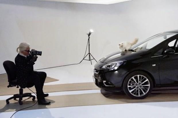 Photo of Opel Corsa und Choupette stehen für Karl Lagerfeld vor der Kamera