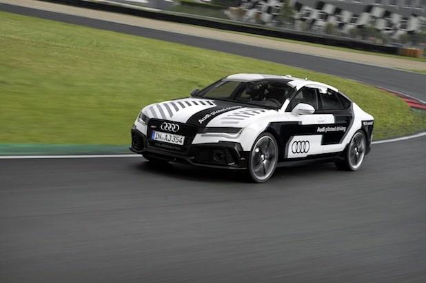 Photo of Audi bringt das sportlichste pilotiert fahrende Auto der Welt auf die Rennstrecke