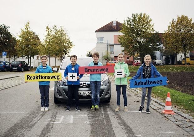 """Photo of Mehr als zwei Millionen Teilnehmer bei """"Achtung Auto"""""""