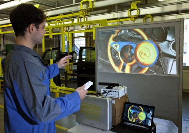 Photo of Opelaner lernen Autobau mit der Spielekonsole