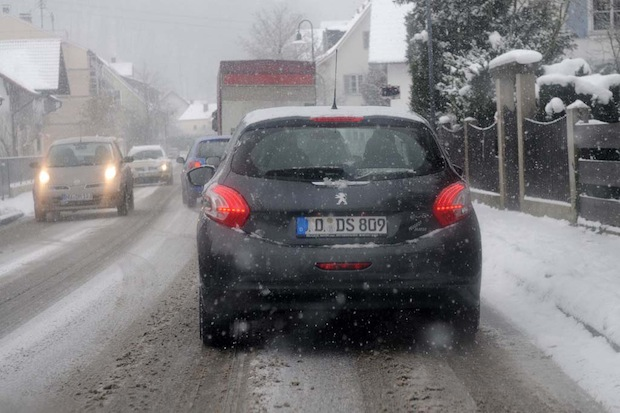 Photo of TÜV SÜD: Fahrerisch vorbereiten auf den Frost