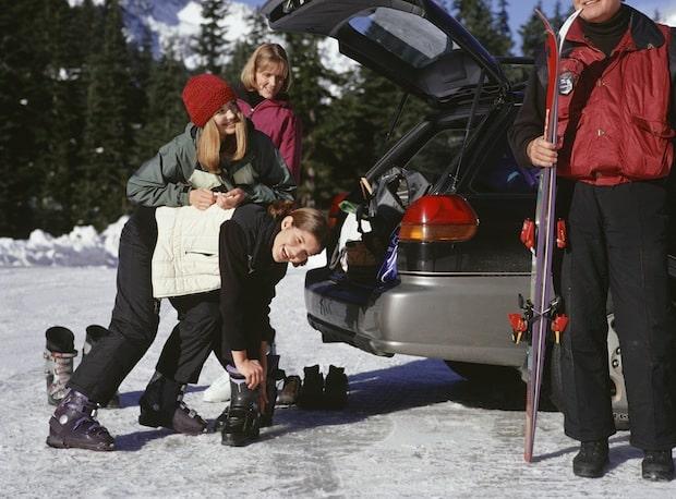 Photo of Unterwegs in den Winterurlaub? Tipps für Autofahrer