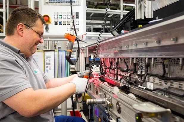 Photo of Deutsche ACCUmotive stellt 140 Mitarbeiter ein