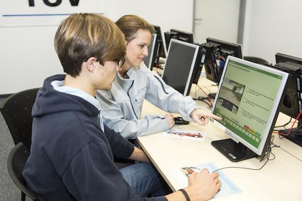 Photo of TÜV Rheinland: Gut vorbereitet in die Führerscheinprüfung