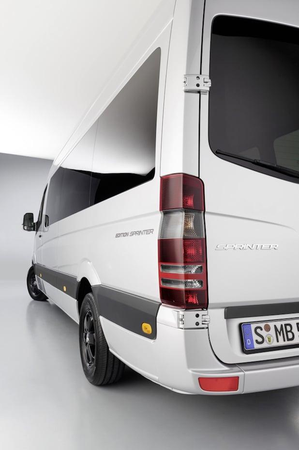 """Photo of """"Edition Sprinter"""": Exklusiv ausgestattetes Sondermodell zum 20. Geburtstag des Transporter-Bestsellers"""