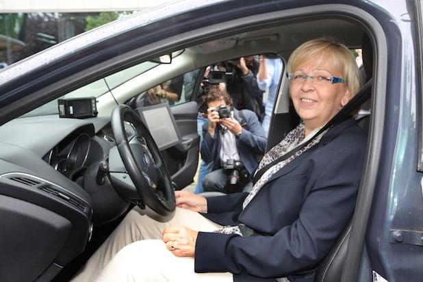 Photo of Ministerpräsidentin Hannelore Kraft verschafft sich Überblick zu Forschungsaktivitäten von Ford in Europa