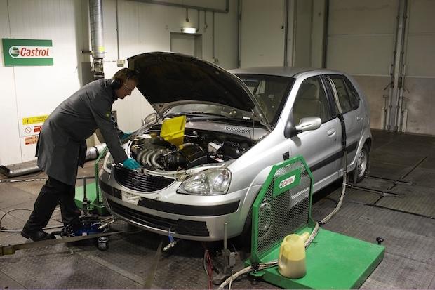 Photo of Evolution der Motorenöle: Mehrbereichs-Schmierstoff SAE 15W-40 stirbt aus, Kombi-Öle werden folgen