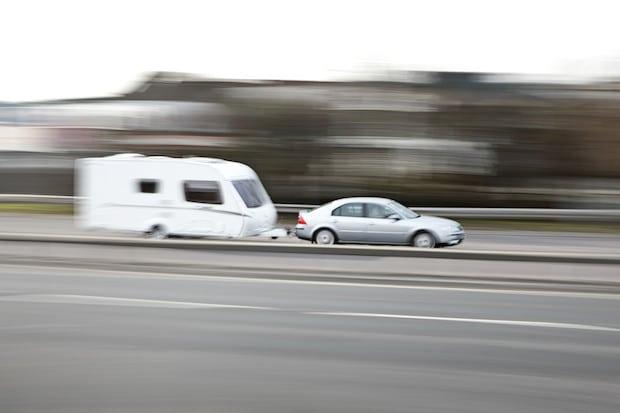Photo of Mit dem Anhänger am Auto sicher in die Ferien