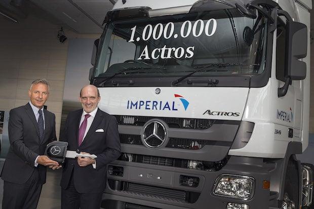 Photo of Ein Millionster Actros aus Wörth geht an langjährigen Kunden Imperial