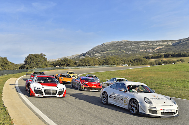 Photo of Endless Summer® Ascari 2015/2016: Sonniges Racing von Dezember bis März