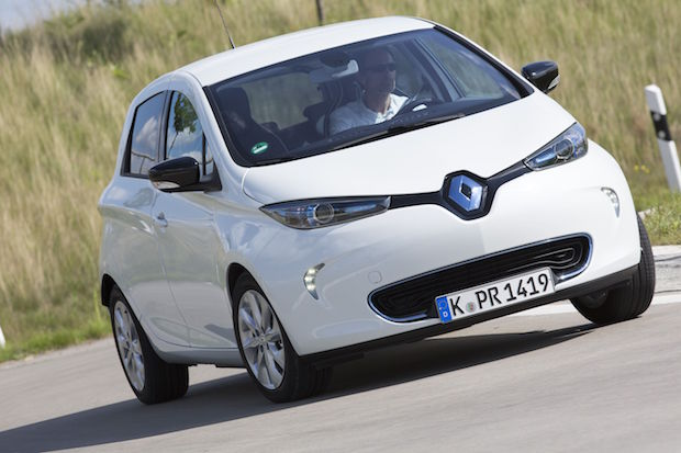 Photo of Renault und The Mobility House testen Smart Charging Prozess