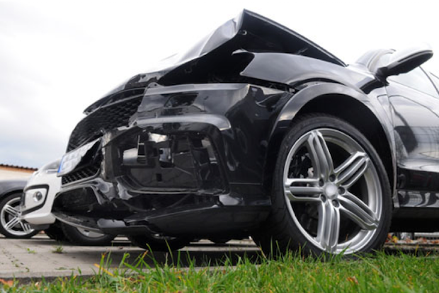 Photo of TÜV SÜD: Klare Regeln nach dem Crash
