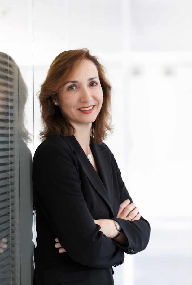 Photo of Aufsichtsrat der Daimler AG beruft Renata Jungo Brüngger in den Vorstand