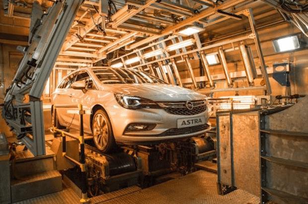 Photo of Eis und heiß: Der neue Opel Astra Sports Tourer in der Klimakammer