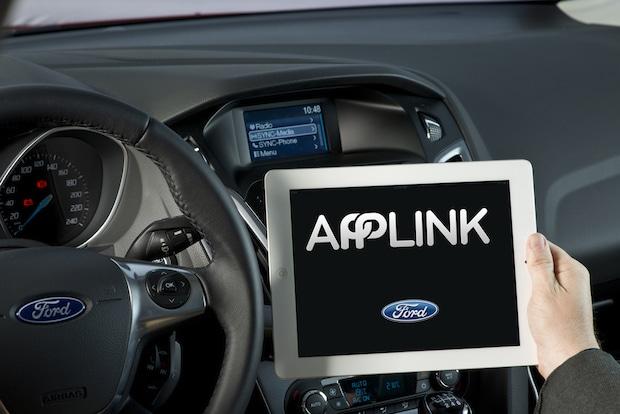 Photo of Toyota übernimmt Ford Software SmartDeviceLink – weitere Hersteller und Zulieferer wollen nachziehen