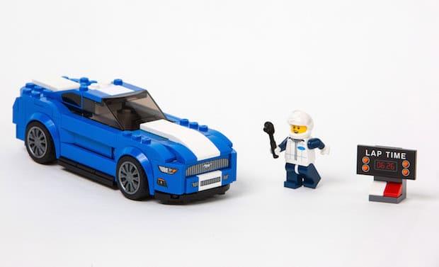 """Photo of Traumautos für Groß und Klein: Ford Mustang und F-150 Raptor starten als LEGO """"Speed Champions"""""""