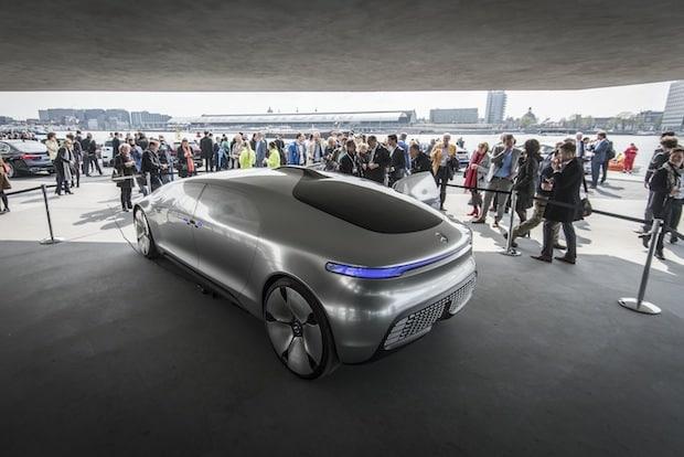 Photo of EU-Verkehrsminister-Konferenz: die neue E-Klasse zeigt den Weg zum autonomen Fahren