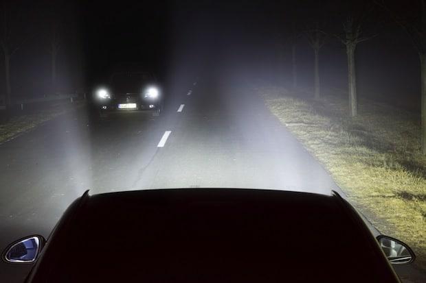 Photo of Magna liefert preisgekröntes Lichtassistenzsystem für Kompaktklasse-Fahrzeug