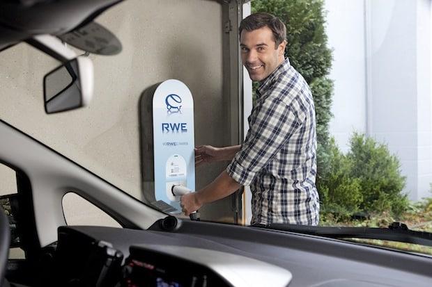 Photo of Elektroautos fördern – Ladepunkte schaffen Kaufprämie für Elektrofahrzeuge und Laden am Arbeitsplatz wichtiges Signal