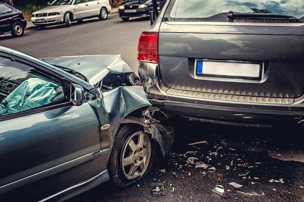 Photo of Unfallopfer verzichten aus Kostengründen oft auf rechtliche Auseinandersetzung