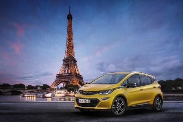 """Photo of """"e"""" wie elektrisierend: Der Opel Ampera-e feiert Weltpremiere in Paris"""