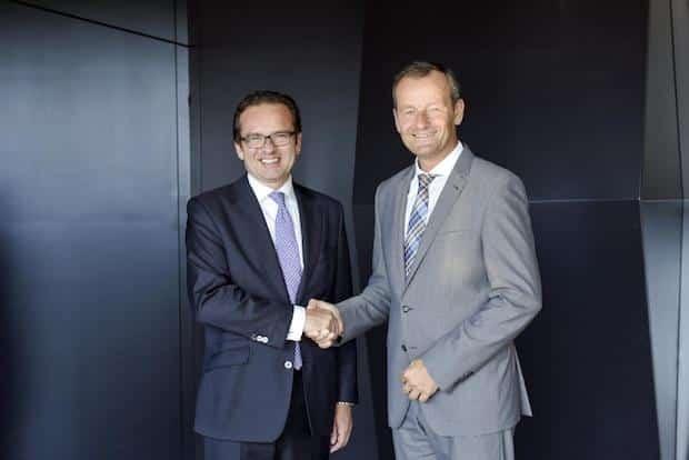 Photo of Mercedes-Benz und Württembergische Versicherung bauen Kooperation aus