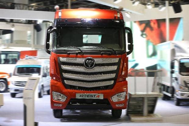 """Photo of """"Chinese Truck of the Year 2017"""" Auszeichnung für Schwer-Lkw aus Daimler Joint Venture"""