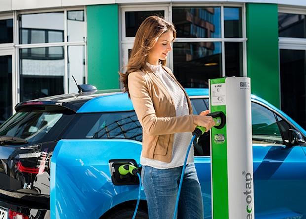 Photo of intercharge wächst mit über 240 Partnern zum weltweit größten Ladenetzwerk für Elektrofahrzeuge