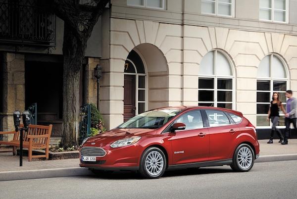 Photo of Der neue Ford Focus Electric: länger fahren, schneller laden, unveränderter Preis