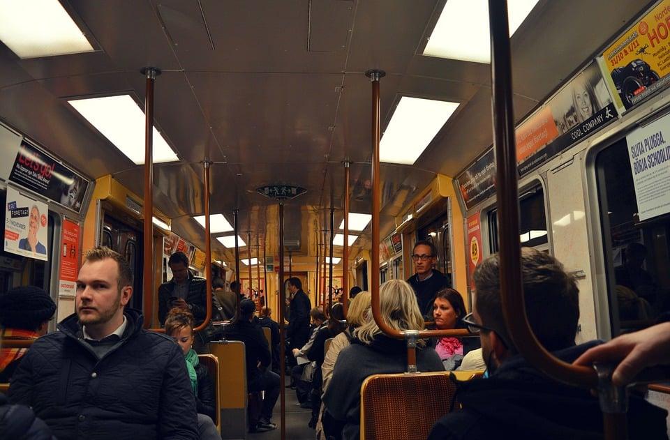 Straßen erhalten und öffentlichen Verkehr stärken