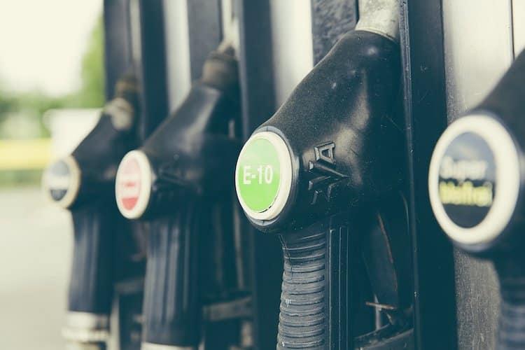 Photo of Preisrückgang bei Diesel – E10 fast so teuer wie konventionelles Super