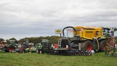 Photo of TÜV-Verband warnt vor riskanten Überholmanövern von Traktoren